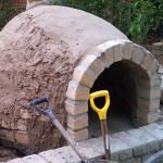 Horno de barro artesanal para el pan y pizza